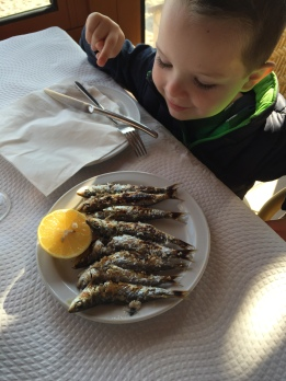 E wanted sardines! (He tried one and I ate the rest)