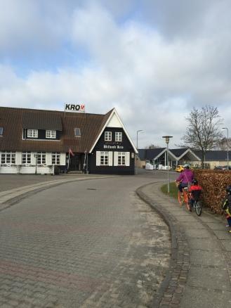 Past the Kro (town inn/restaurant)